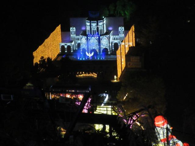 光の大宮殿とスノーマン