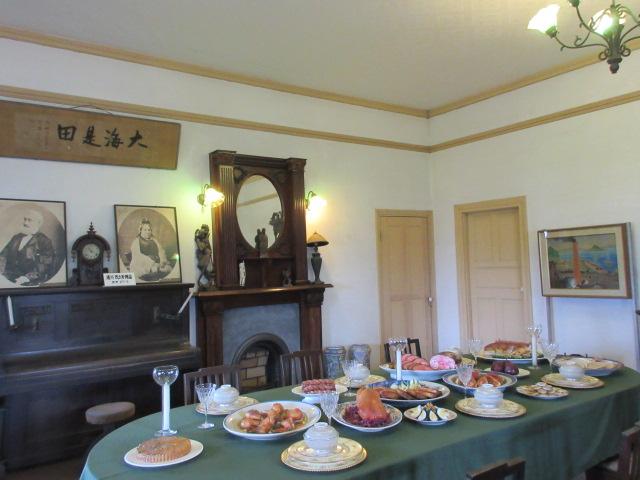 グラバー邸の明治時代初期の西洋料理