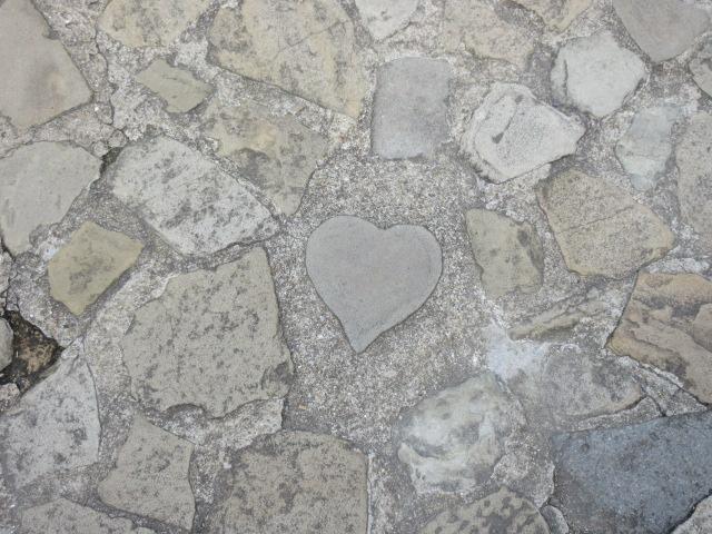 グラバー園のハート型の石