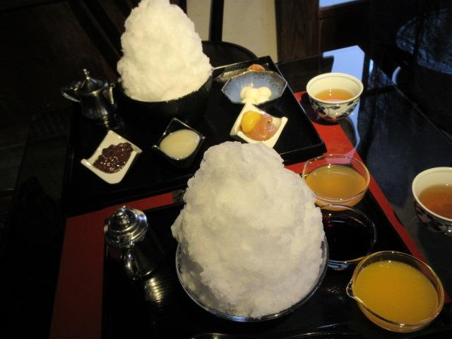 阿左美冷蔵の天然かき氷