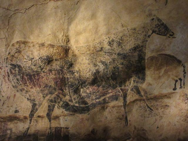 牛の壁画拡大