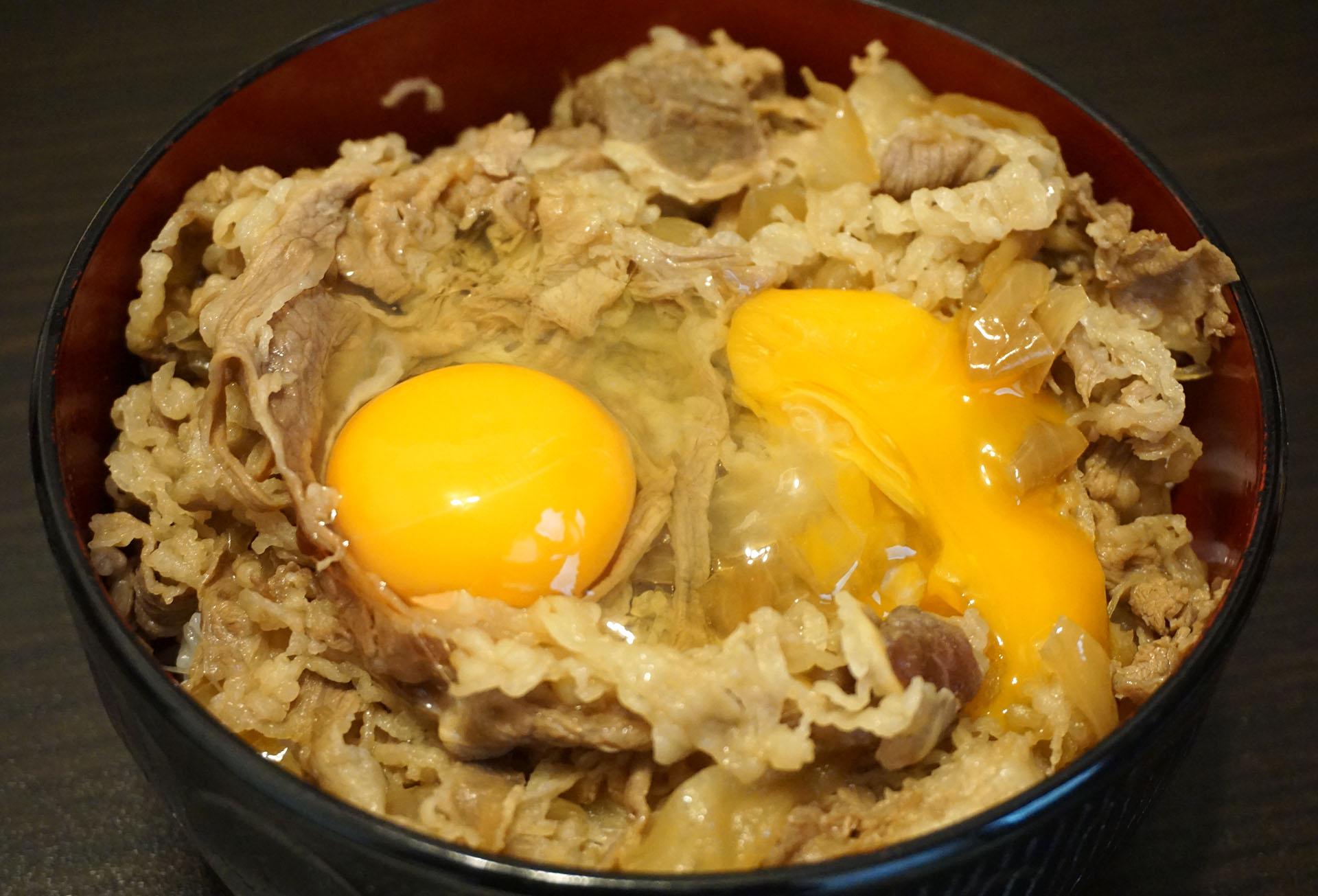 ネット通販の松屋牛丼の大盛と卵