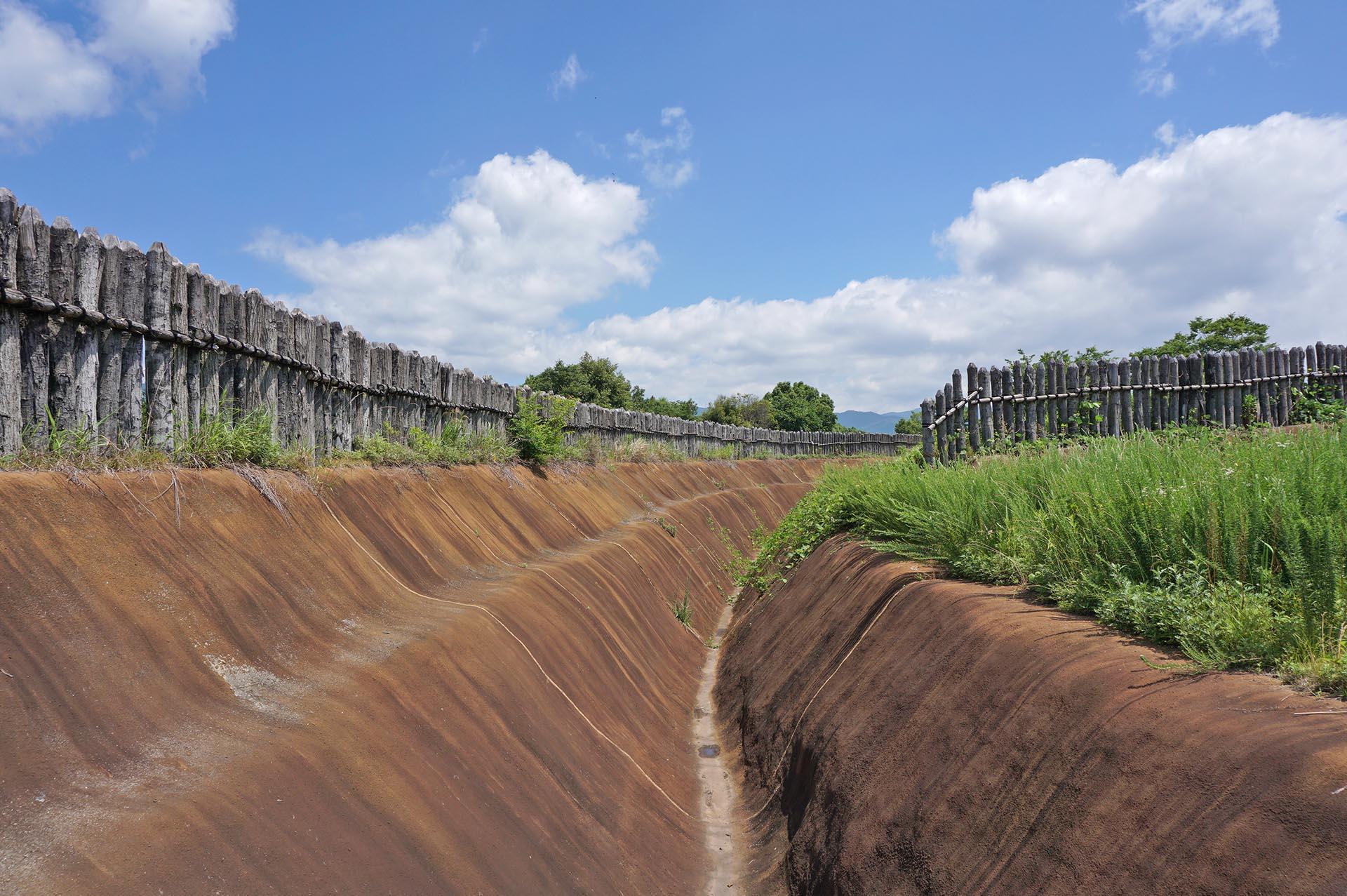 南内郭の内壕