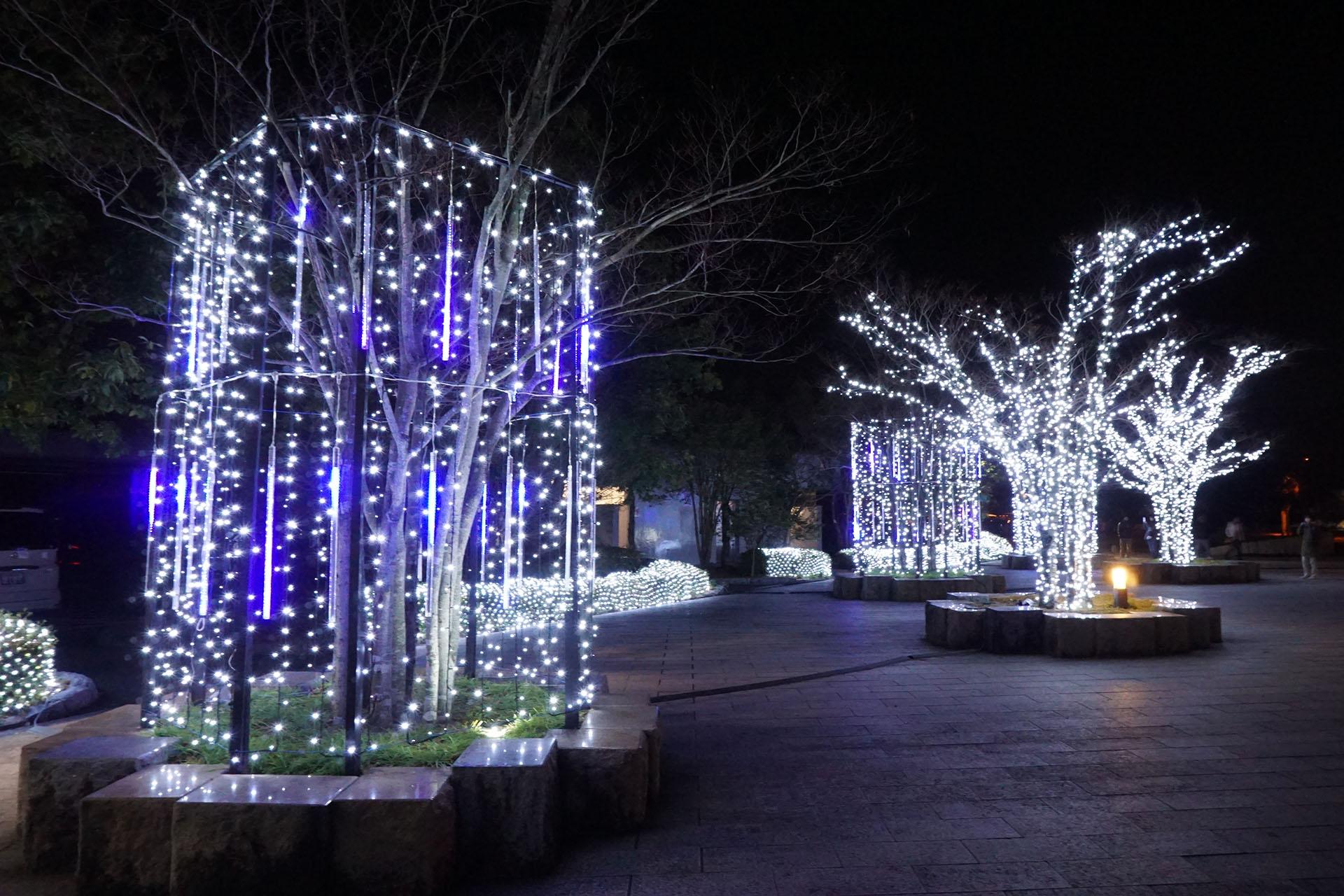 吉野ヶ里歴史公園のライトアップ(光の響)